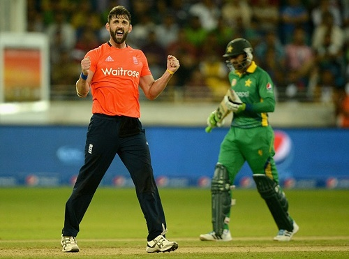 England beat Pakistan in 2nd T20I to win Twenty20 series.