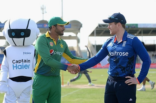 Pakistan vs England 2015: 1st T20 Live Streaming, Score