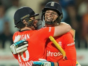 England beat Pak in super over to clean sweep T20 series.