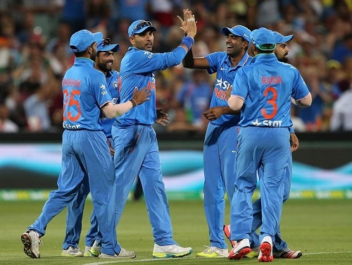 India beat Australia in 1st T20 to lead series by 1-0.