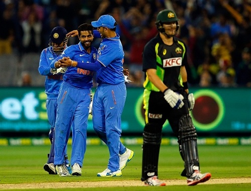 India beat Australia in 2nd T20 to win series by 2-0.