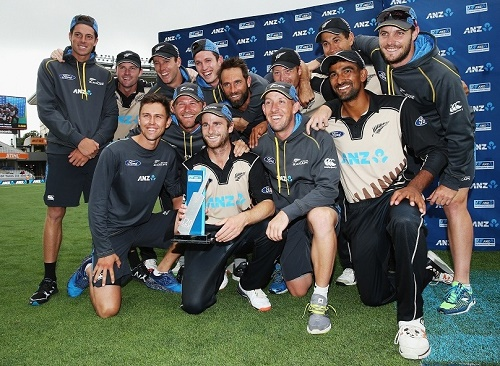 New Zealand beat Sri Lanka in 2nd T20 to win series by 2-0.