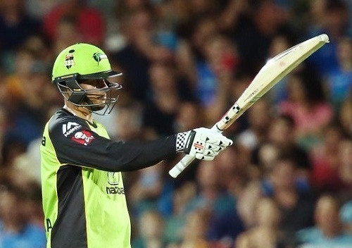 Usman Khawaja ton leads Sydney Thunder to BBL-05 final