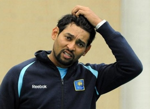 Dickwella replace Dilshan for 1st T20 vs India.