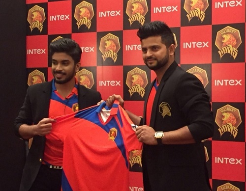 Gujarat Lions Official Jersey Revealed.