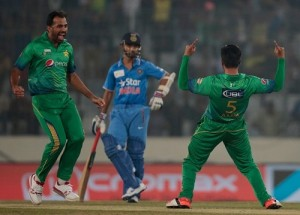 Mohammad Amir took 3 wickets against India in Asia Cup 2016.