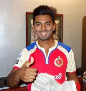 RCB signs KL Rahul, Parvez Rasool for Vivo IPL 2016.