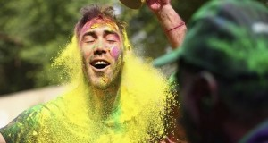 (Pictures) When Glenn Maxwell played Holi in Mohali