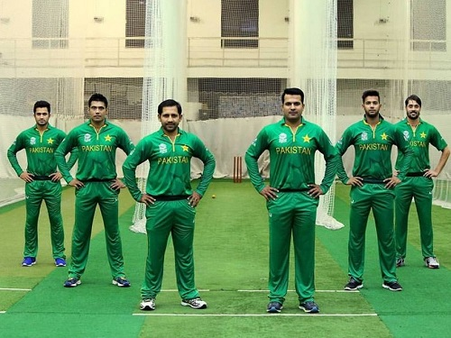 Pakistani players in new kit for 2016 wt20.