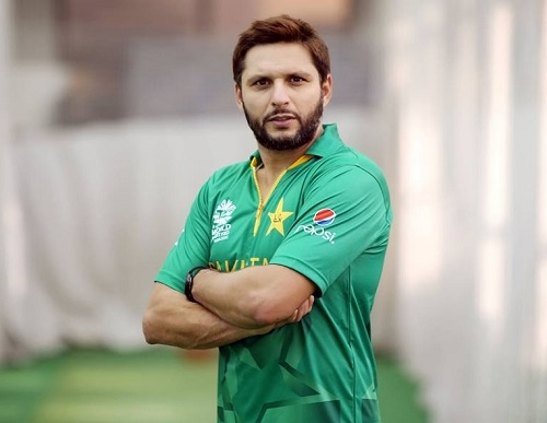 Shahid Afridi wearing 2016 ICC world twenty20 kit.