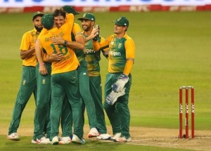 .South Africa beat Australia in 1st T20 at Durban.