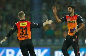 Sunrisers Hyderabad beat Gujarat to enter IPL Final 2016.