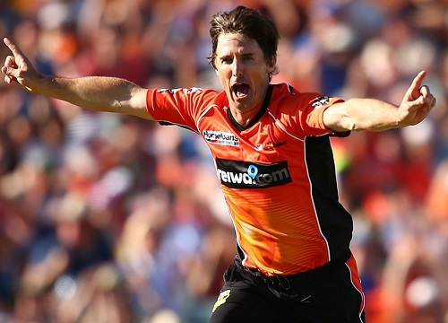 Brad Hogg leaves Perth Scorchers ahead of BBL-06.